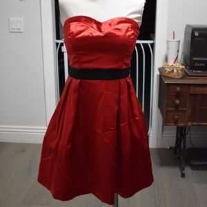 Trixxi Red Mini Sweetheart Formal Dress